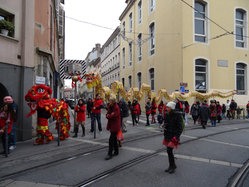 dragon-nouvel-an-chinois-512x384